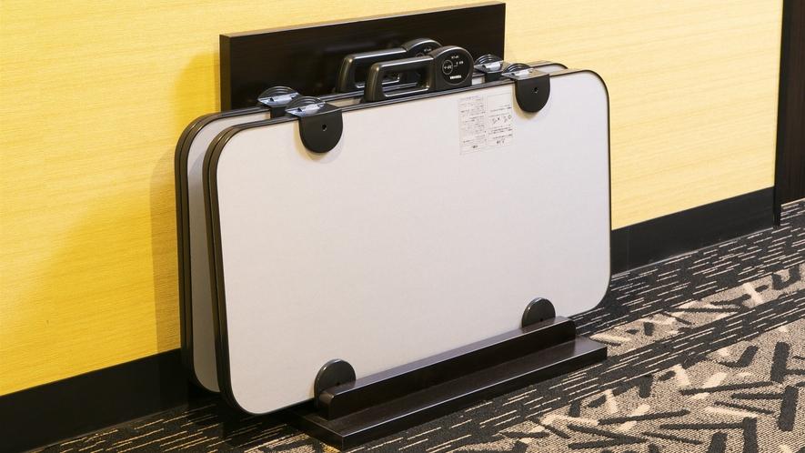 客室フロア(4〜8F) ズボンプレッサー