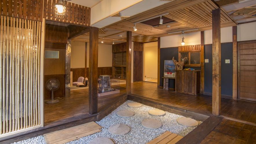 【館内施設】広々とした共用スペースで客室以外でもゆっくりお寛ぎいただけます。