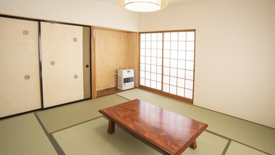 【永田屋本館から車7分の温泉付別荘昭和館】2階の和室(1)