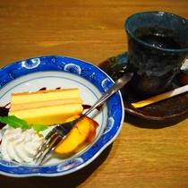 【ある日のお献立】食後にデザート・コーヒーをご用意します。