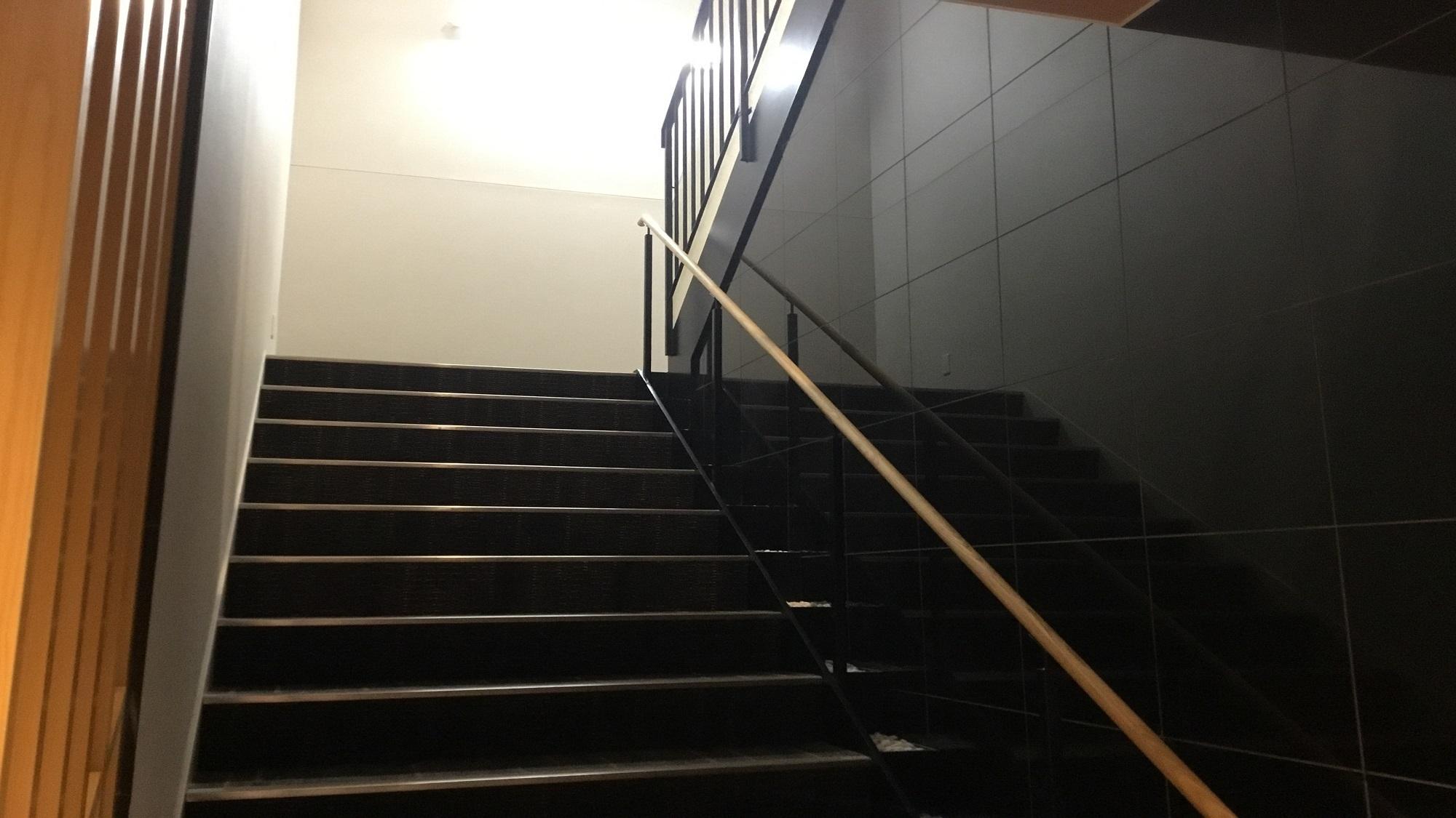 階段でフロントまで♪