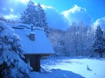 コテージ外観 積雪時