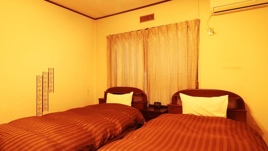【別館ツイン】広々とご利用いただけるツインルームとなっております。夫婦やカップルのお客様に人気です。