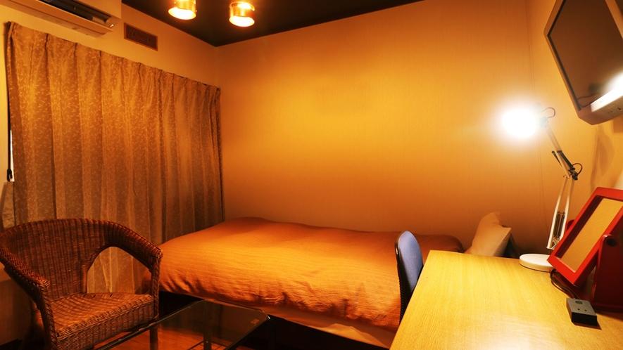【別館シングル】◆シンプルな客室です。ビジネスや一人旅のお客様に最適のお部屋となっております。
