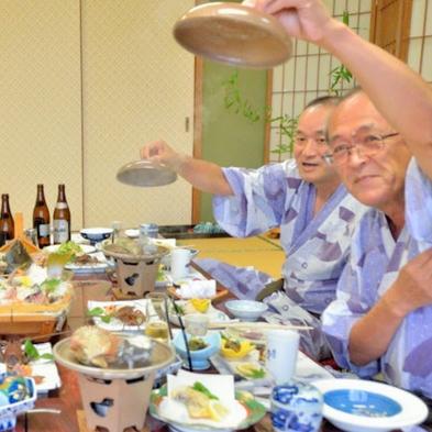 【昼食】伊勢志摩グルメ旅♪ 目の前で炭火焼★あわび1個★まるごとプラン