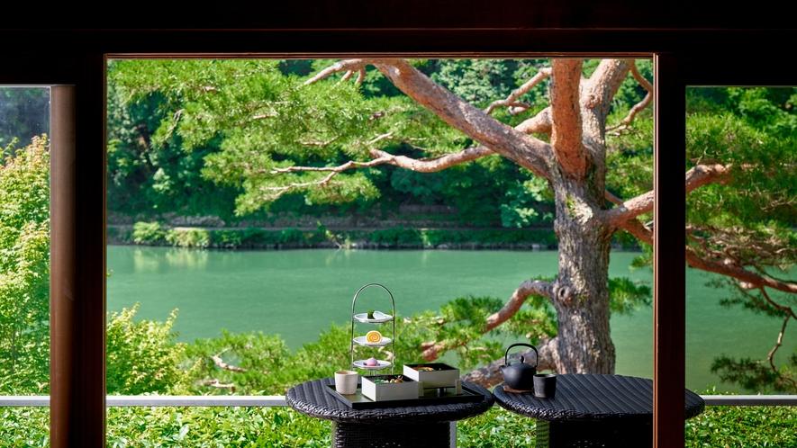 カフェ 「茶寮 八翠」