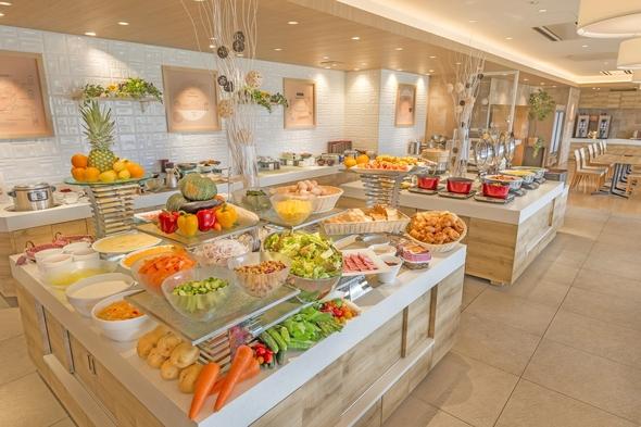【レッツ富士♪/朝食付】富士眺望のライブキッチンで贅沢バイキング♪/小学生添い寝無料