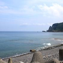 【透き通る海】