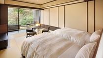 露天風呂付客室(渓谷側)