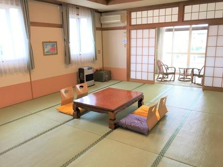 和室15畳+広縁4畳+ベランダ付 富士山全景が望めるお部屋