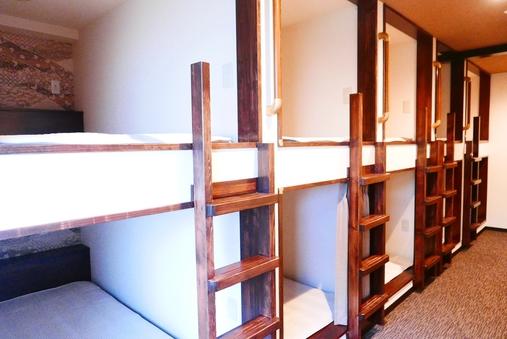 カプセルベッドルーム10ベッド【1部屋貸切】
