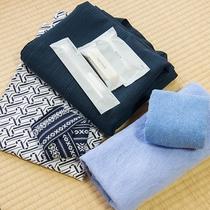 *【客室】アメニティセット、浴衣の用意もございます。