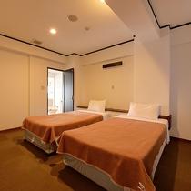 *【客室】(2LDK)ツインルーム×3室で広々!各お部屋エアコン完備です!