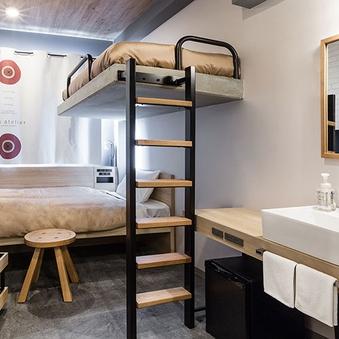 【ア レーズ2 2段ベッド】バストイレ共用・8平米・禁煙