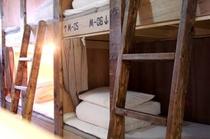 3階ドミトリールーム 女性専用 二段ベッド