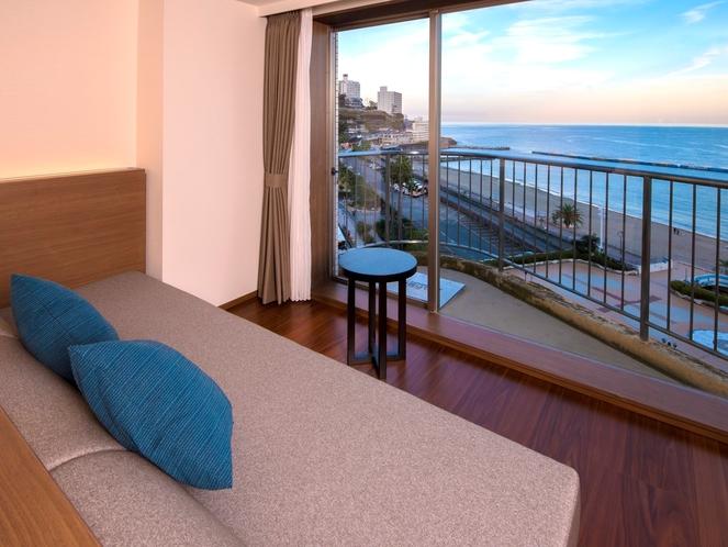 9階新・プレミアムビュールーム(洋室)ソファベッドからの景色