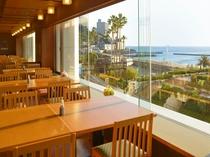 レストラン(3階)
