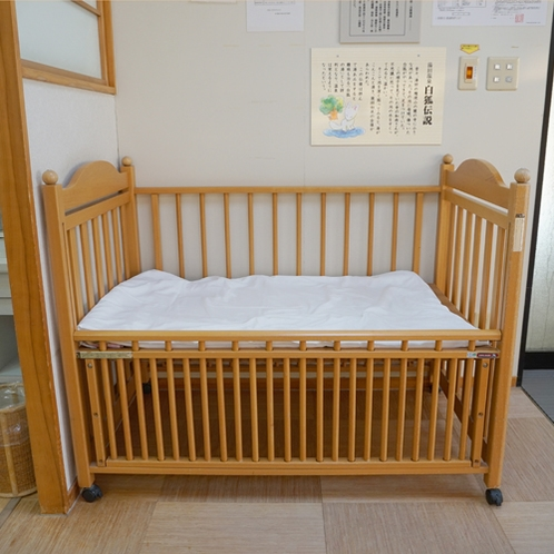 *女性用脱衣所にはベビーベッドつき! ママも安心♪赤ちゃんと一緒に入浴できます~