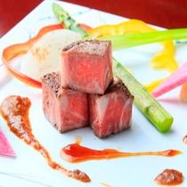 季節で替わるお肉料理 ※イメージ