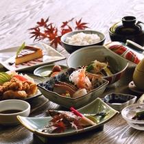 お食事|地元の食材や、オーガニック野菜など料理長がこだわり、厳選した贅沢ランチ