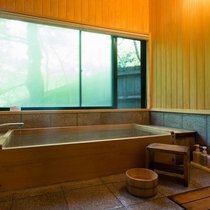 客室|【離れ】山の間/客室には檜風呂を備えております。※会員様専用のお部屋です※