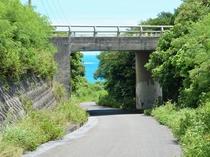 【周辺情報】橋を抜けると「長間底ビーチ」がございます☆