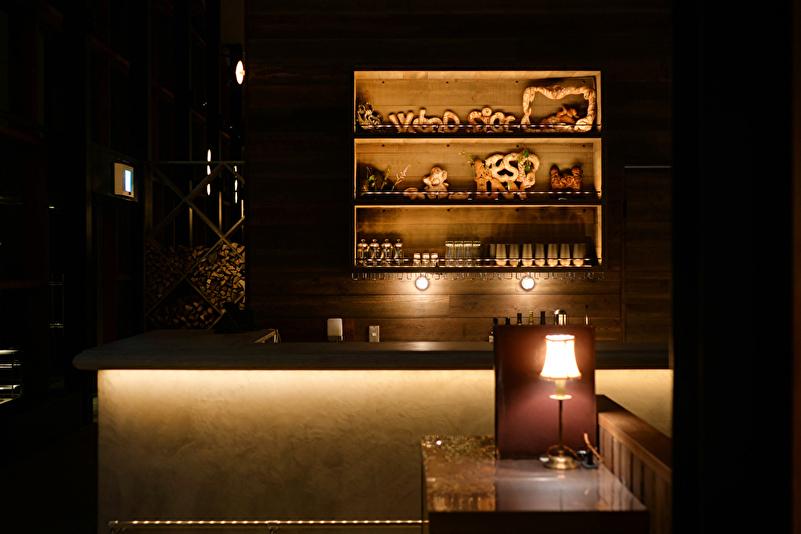 bar(有料) 営業時間:21:00 〜 23:00
