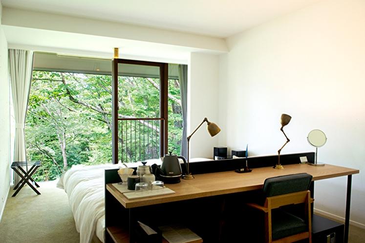 スーペリア【ハリウッドツイン】27平米 デスク※全室Wifi無料完備