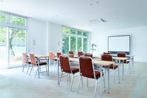 会議室(有料)ホテルへ直接お問い合わせください。※企業様のオフサイトミーティングでご利用も可能です。