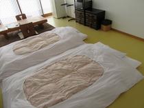 デザインルーム、布団2枚敷き例。