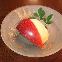 *【夕食一例】デザートは季節の果物を♪