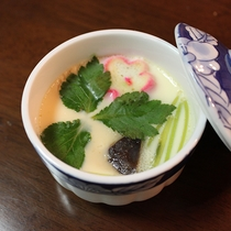 *【夕食一例】素材は地元の食材を♪和洋折衷の創作料理をどうぞ!
