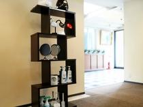 【貸出品】加湿器やスタンドライトのほか、ヘアシャンプーやファブリーズなども貸出しております。