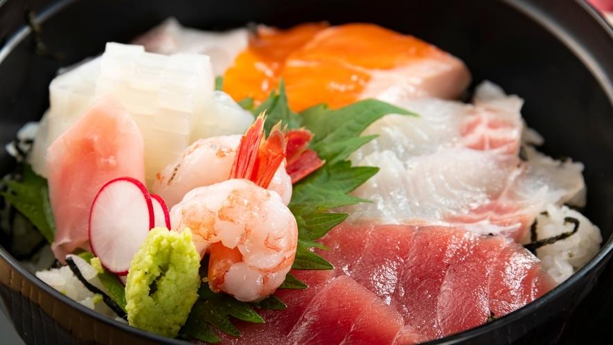 新鮮な旬魚が盛りだくさん!ご賞味ください