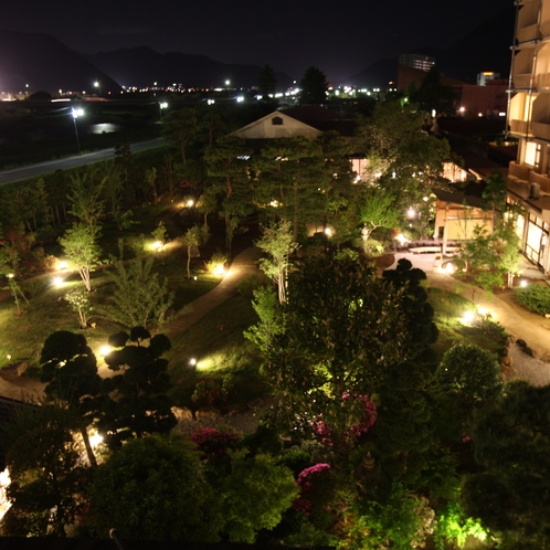 庭園 夜景