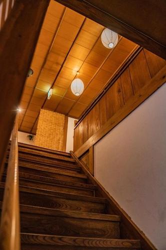 客室に通じる階段