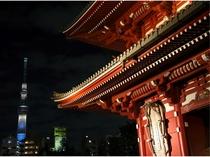 浅草寺スカイツリー夜