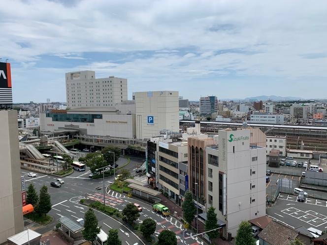 ホテルより豊橋駅方向を望む