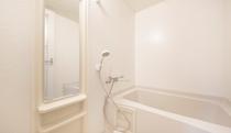 【お部屋】全室バスルーム付き(バス・トイレ別)※お部屋のお風呂は温泉ではございません