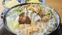 【ご夕食】お客様の客室でお召し上がれる鶏鍋
