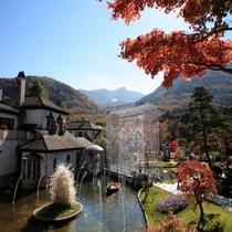 【11月頃】箱根ガラスの森美術館(当館からお車で12分)