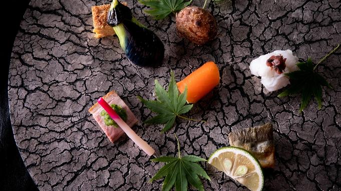 【カップル・ご夫婦】大切な夜に優しく香る『モエ・エ・シャンドン』フルボトル&『美味しいケーキ』付♪