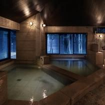 【陽/内風呂】nanoミストサウナがございます。マイナスイオンたっぷりの森の音森林浴をお楽しみくださ