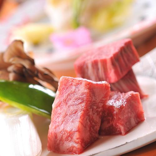 ★12000円コースのメイン料理★信州プレミアム牛フィレ&サーロイン食べ比べ♪