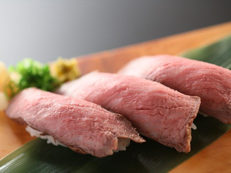 【別注料理】信州プレミアム牛肉の炙り焼きの握り≪3貫2,100円≫