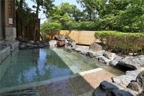 渓泉荘温泉 男野天風呂