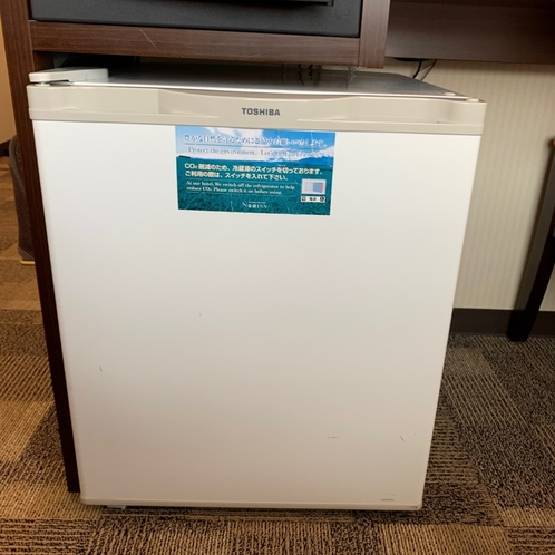 客室内設備ー冷蔵庫