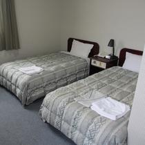 【お部屋】ツイン☆ふかふかベッドでお休みください。