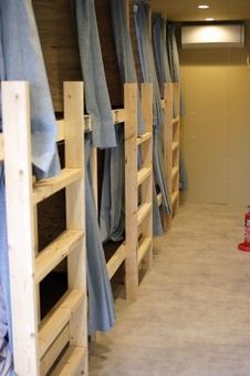 ◆男性専用◆共有部屋◆2段ベッド◆禁煙◆ドミトリー