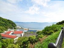 【きゃんぱ】宇和海をバックに写真を撮るのもおすすめ!